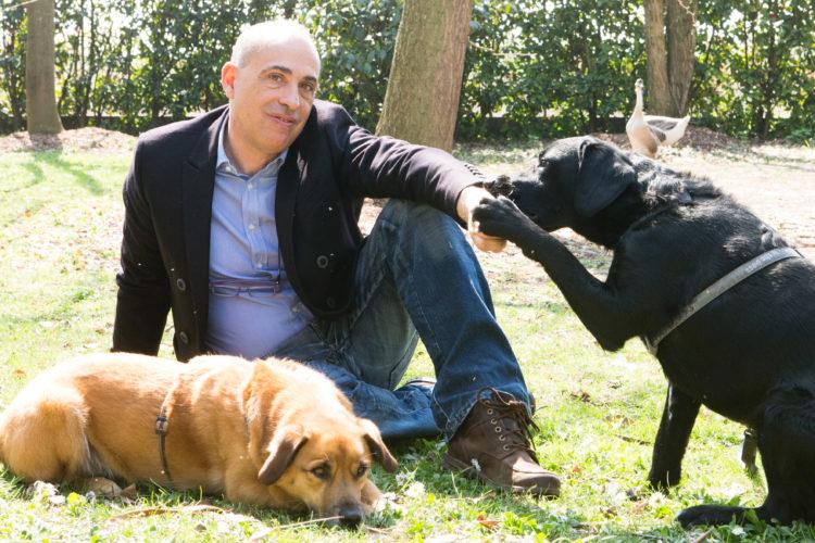 Tra pochi giorni (su questo blog), l'intervista all'etologo Roberto Marchesini!